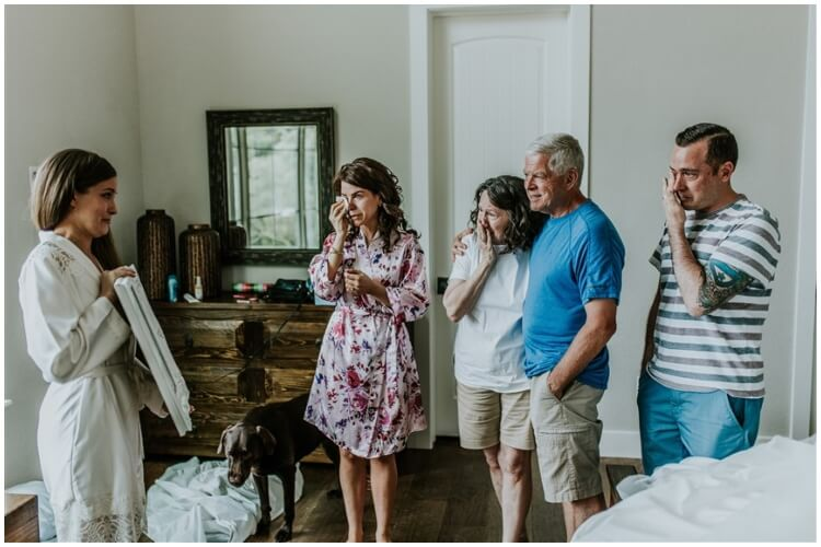 Bride Surprises Grandmother With Photoshoot