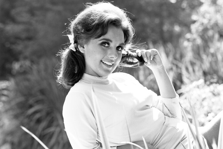 Rest In Peace Dawn Wells, Gilligan's Island Actress - 2