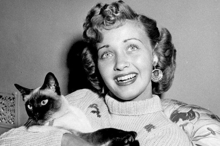Golden Age Hollywood Star Jane Powell Dies - 2