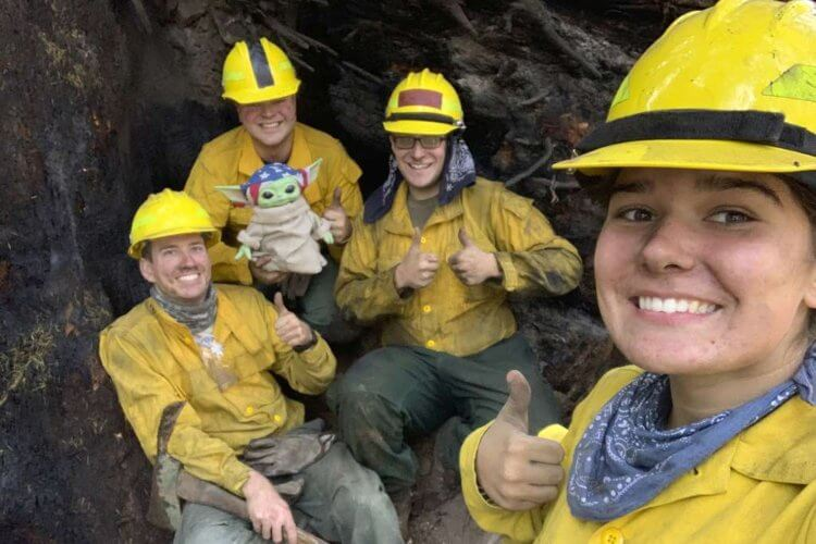 5-Year-Old Donates Baby Yoda Doll to Firefighters - 1