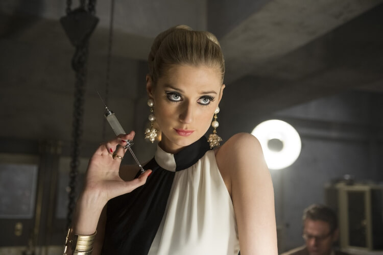'The Crown' Casts Elizabeth Debicki As Princess Diana In Final Seasons - 1