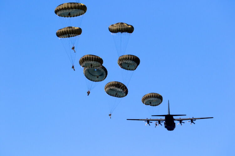 82nd Airborne Division All-American Presents from Paratroopers Toy Drive